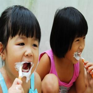 Hướng dẫn vệ sinh răng miệng cho trẻ em